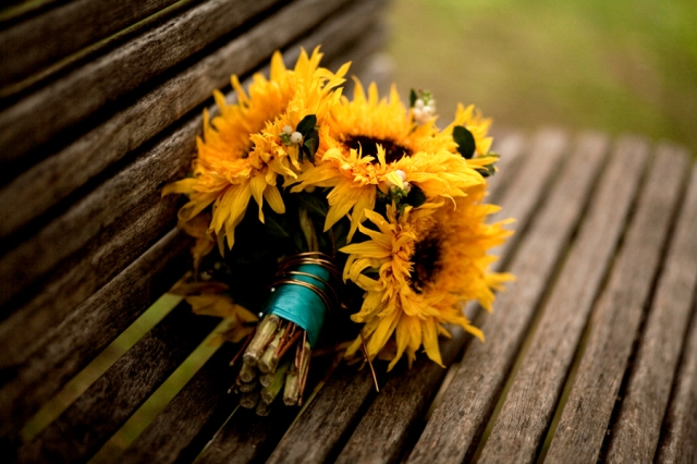 sunflower-bridal-bouquet