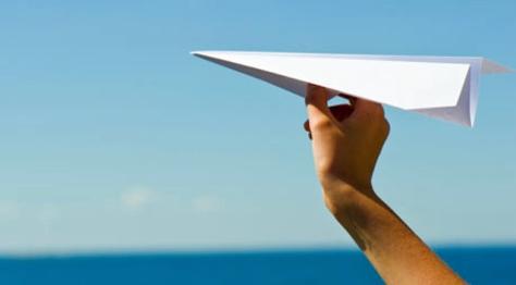 Pesawat Kertas.jpg